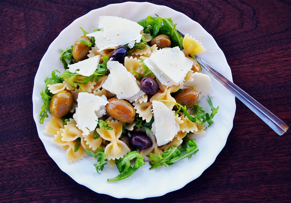 New Study Finds Mediterranean Diet Is The Only Diet With Long-Lasting Health Benefits