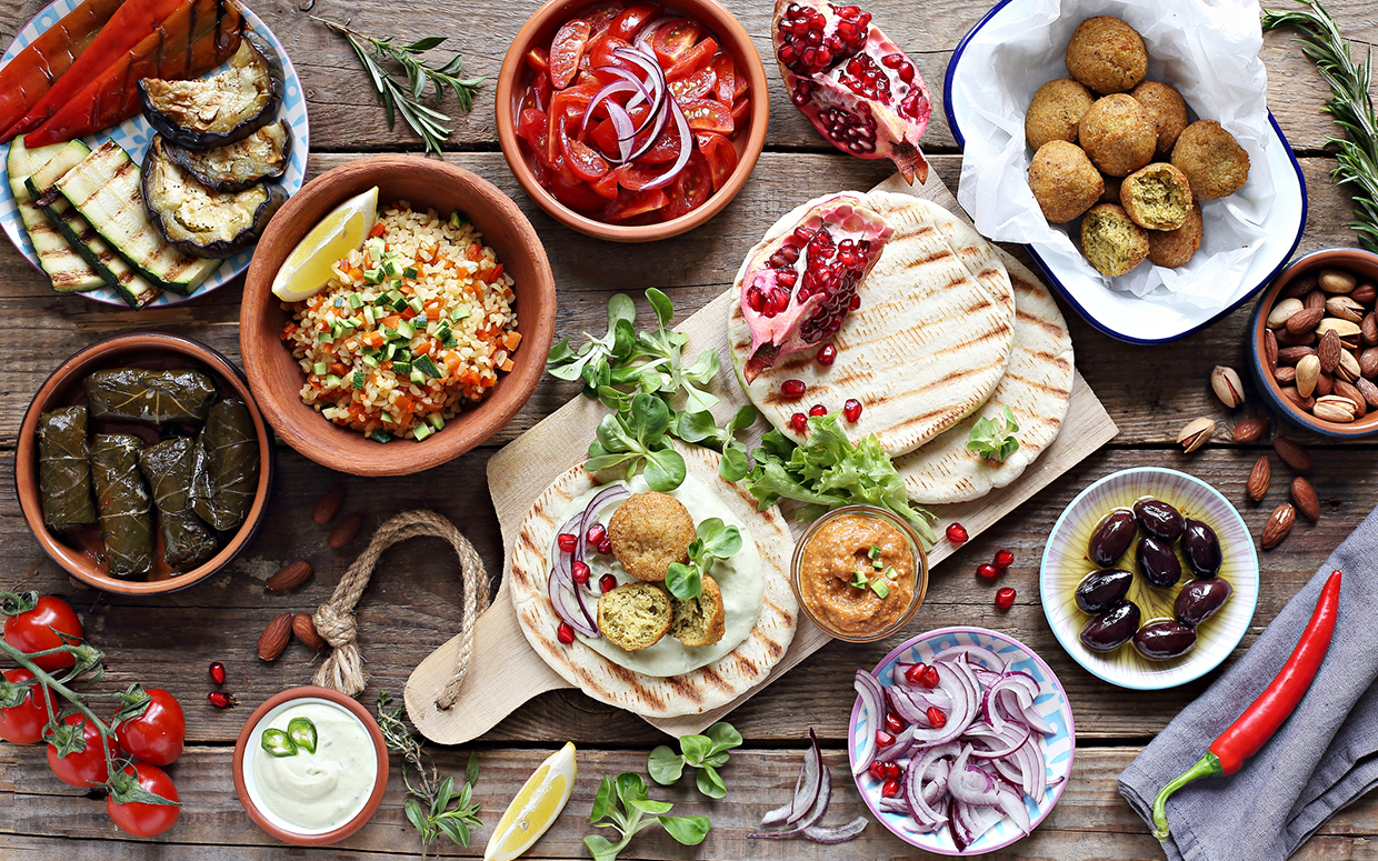What Is the Mediterranean Diet and What Can You Eat On It?