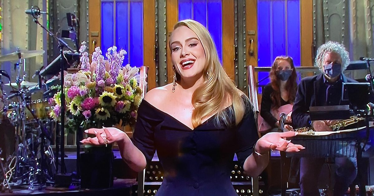 Adele has SNL fans in stitches with hilarious 7st weight loss jokes