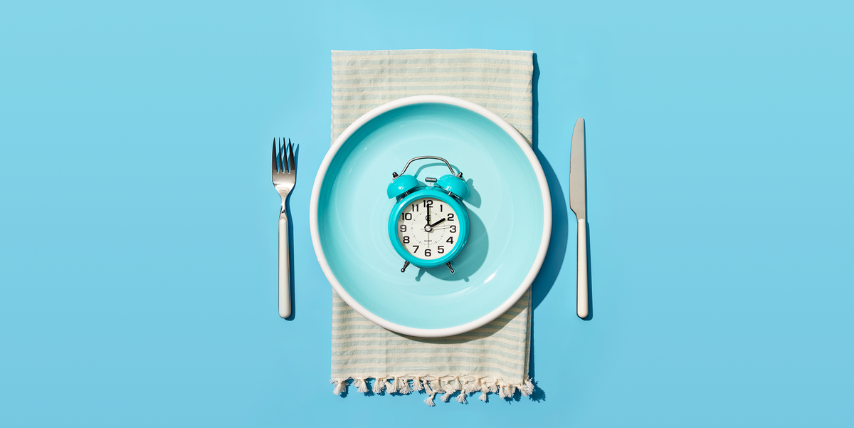 This Is What a Nutritionist Really Thinks of 16:8 Fasting
