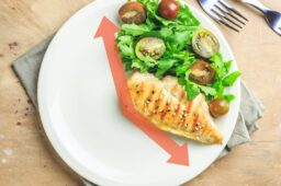 What to eat when intermittent fasting for health and hunger pains