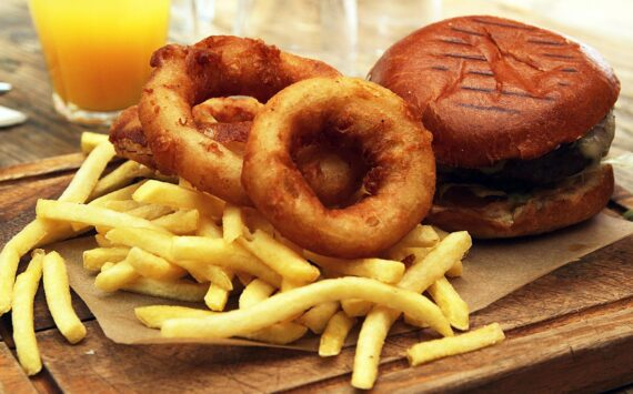 Eating Unhealthy Foods May Diminish Positive Effects of an Otherwise Healthy Diet