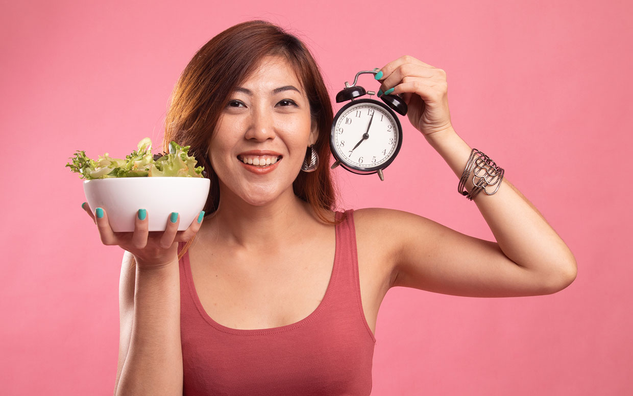 Struggling With Intermittent Fasting? These 21 Expert Tips Are Bound to Help!