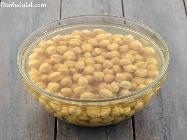 Indian chickpea salad for weight loss