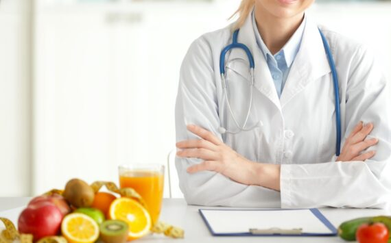 25 Best Weight Loss Tips Straight From Doctors